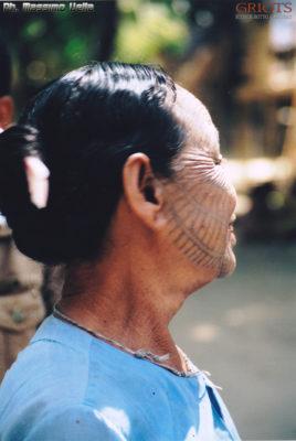 La tela sul volto